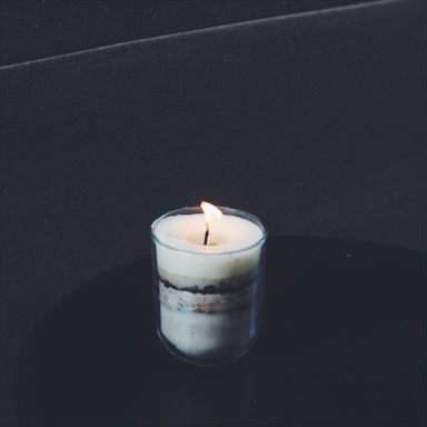 إعادة تدوير الشموع