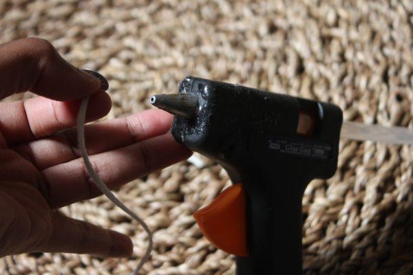 DIY  شمعة بأبسط الأدوات!